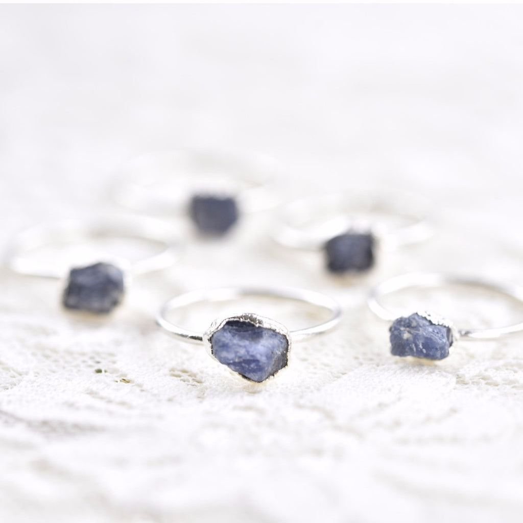 RAW SAPPHIRE RING IN FINE SILVER (LARGE STONE VERSION)