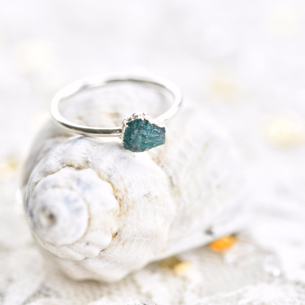 RAW EMERALD RING IN FINE SILVER (SMALL STONE VERSION)