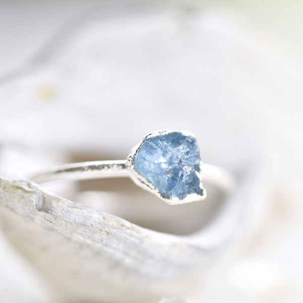RAW AQUAMARINE RING IN FINE SILVER (SMALL STONE VERSION)