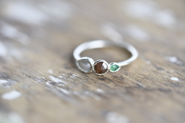 ROSE CUT BROWN DIAMOND, EMERALD AND PEARL RING IN FINE SILVER