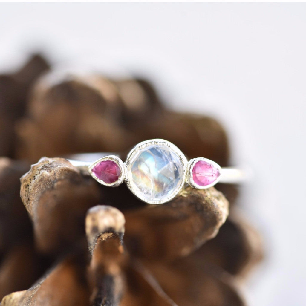 ROSE CUT RAINBOW MOONSTONE AND RUBY RING IN FINE SILVER