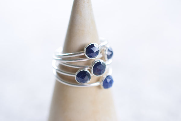 ROSE CUT BLUE SAPPHIRE RING IN FINE SILVER