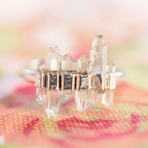 NATURAL QUARTZ CRYSTAL RING IN FINE SILVER