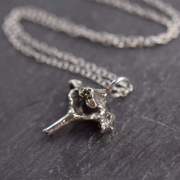 REAL SPINE BONE NECKLACE IN FINE SILVER