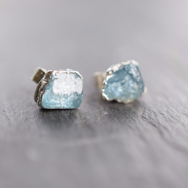 ROUGH AQUAMARINE STUD EARRINGS IN FINE SILVER