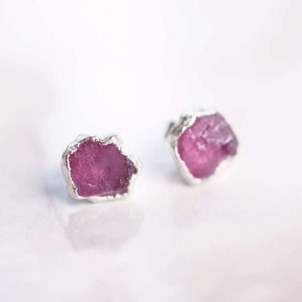ROUGH RUBY STUD EARRINGS IN FINE SILVER