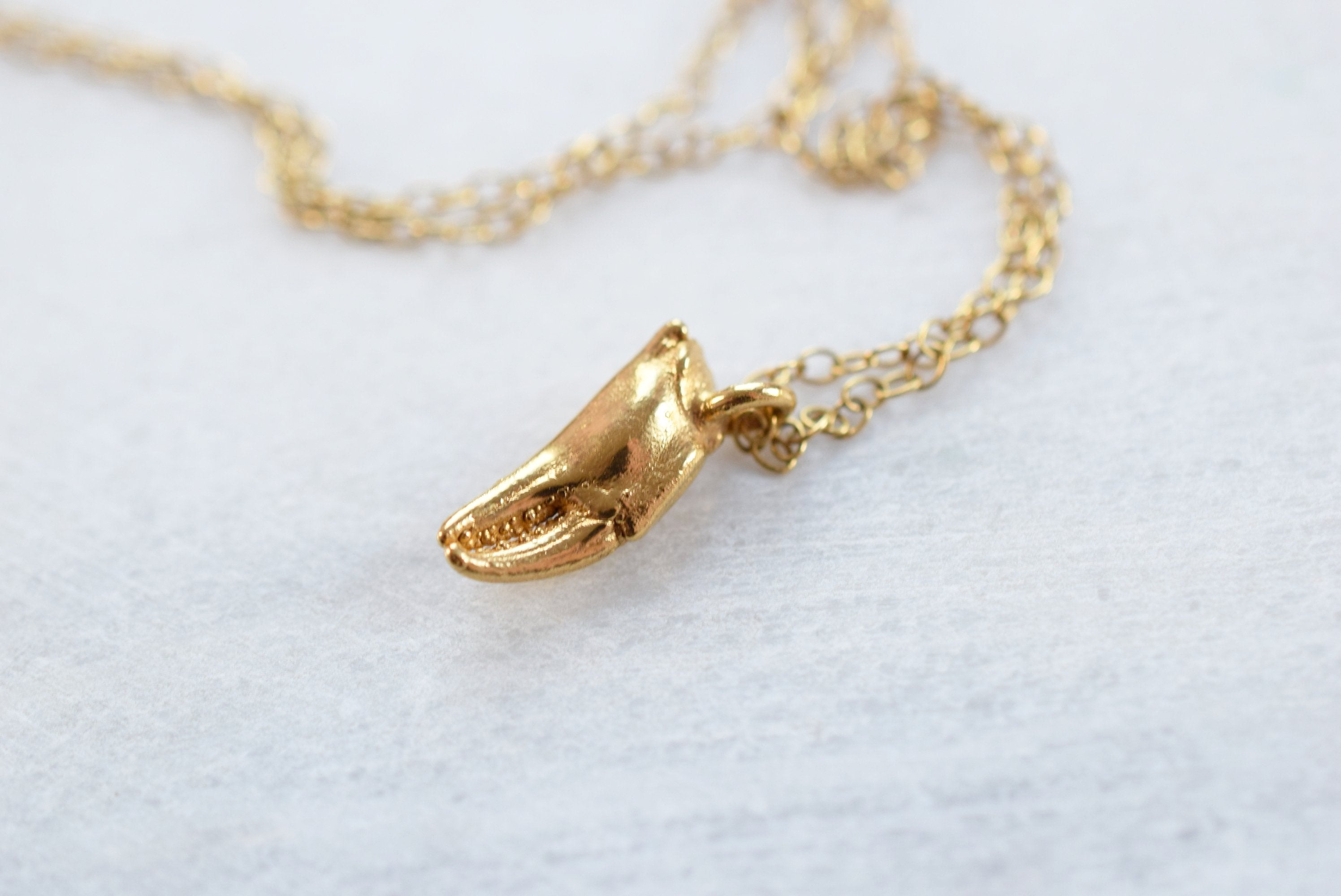 REAL TINY CRAB CLAW NECKLACE IN FINE GOLD