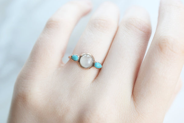 AQUAMARINE AND TURQUOISE CABOCHON RING IN RECYCLED COPPER