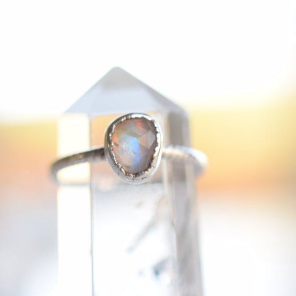 HYBRID OPAL AND MOONSTONE RING IN FINE SILVER