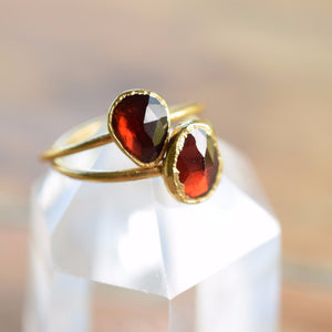 MEDIAVAL INSPIRED ROSE CUT BLOOD RED GARNET RING IN GOLD