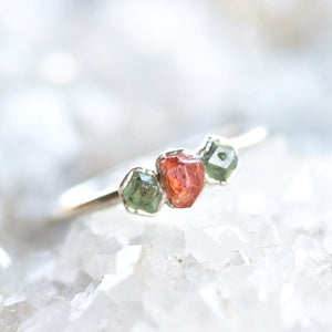 ORANGE AND GREEN GARNET RING IN FINE SILVER