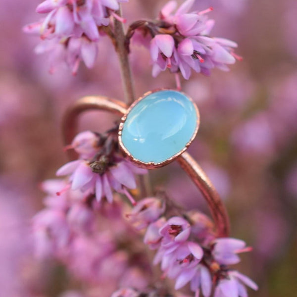 BLUE CHALCEDONY CABOCHON RING IN RECYCLED COPPER