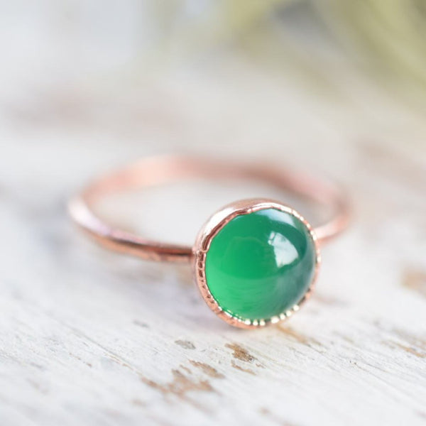 GREEN ONYX CABOCHON RING IN RECYCLED COPPER