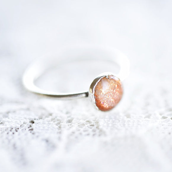 SUNSTONE CABOCHON RING IN FINE SILVER
