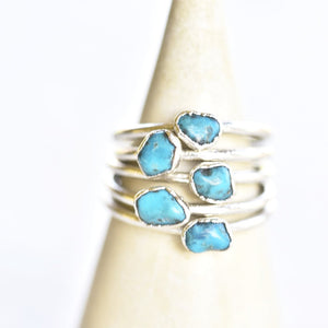 ROUGH TURQUOISE RING IN FINE SILVER (SMALL STONE VERSION)