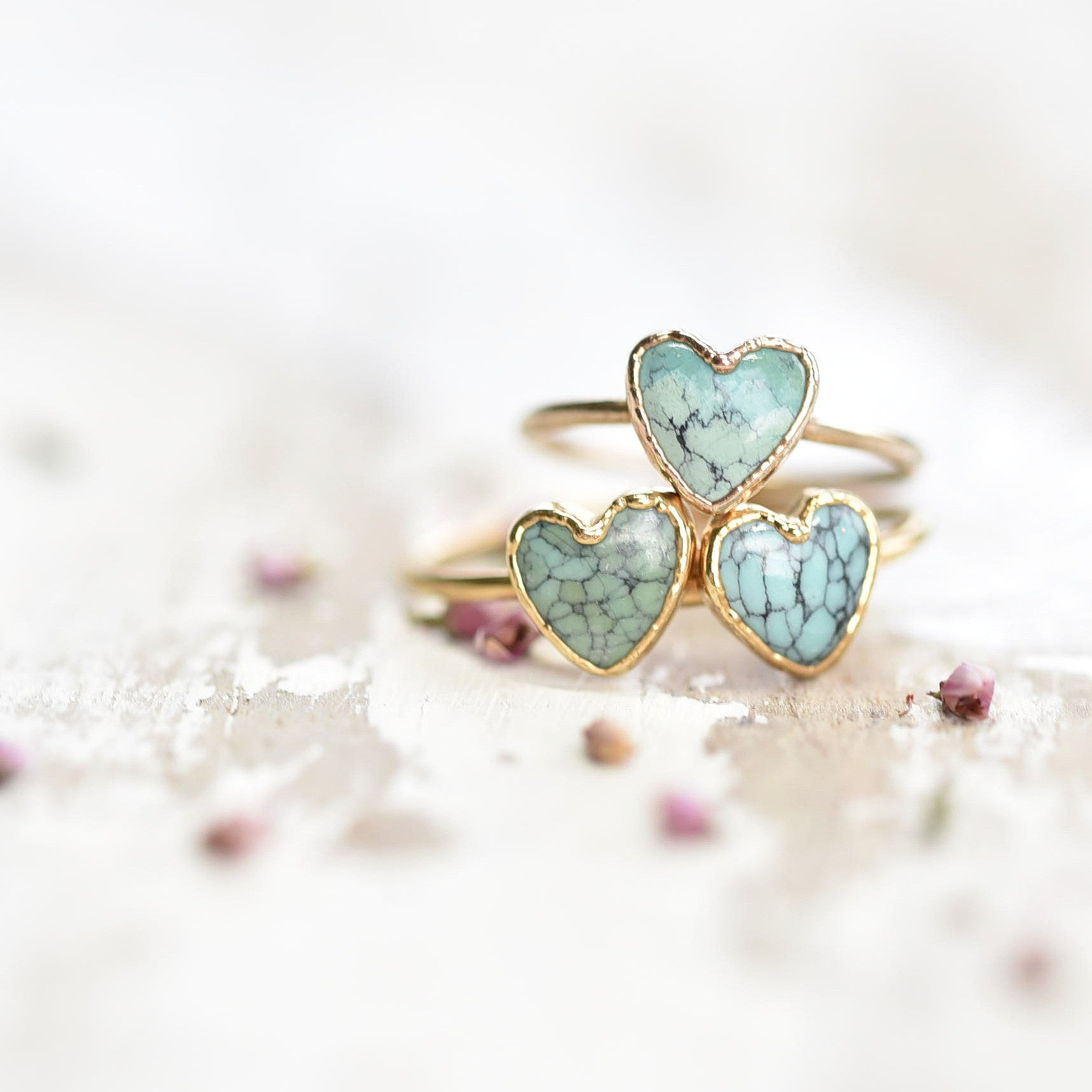PLATED HEART SHAPED TURQUOISE RING IN GOLD
