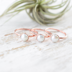 WHITE PEARL RING IN RECYCLED COPPER