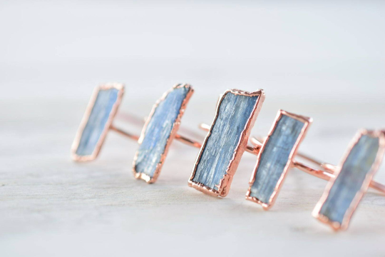 RAW KYANITE RING IN RECYCLED COPPER