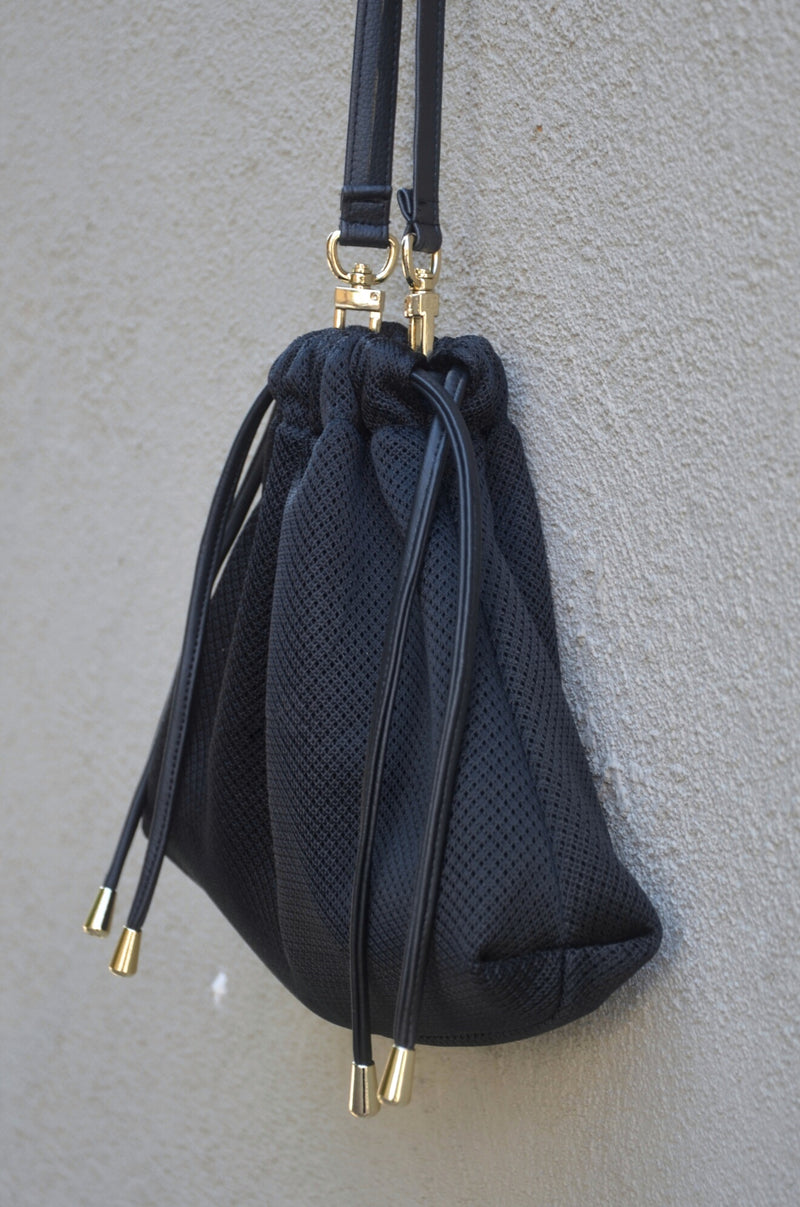 BLACK LACY MESH BAG