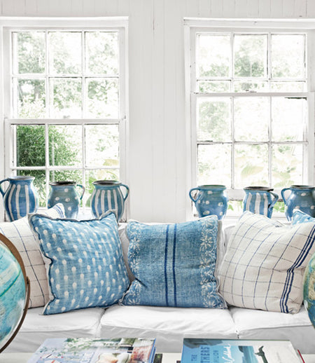 Blue and white Vintage Pillows and Jugs from English Country