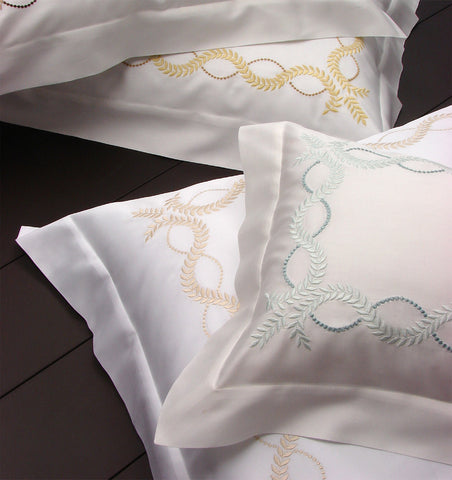Dea Diana Embroidered Bedding