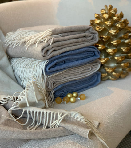 Cashmere & Wool Throws in 3 Colors