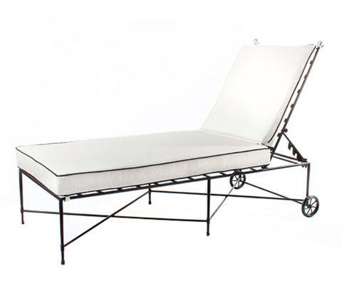 Outdoor Chaise in Stainless Steel/Black