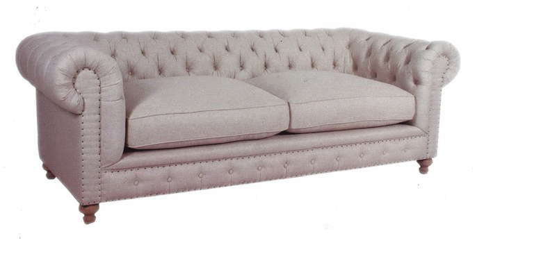 Chesterfield Sofa with 2 Seat Cushions