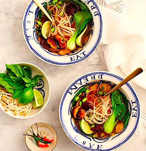Vietnamese Vegetable Pho Soup with Rice Noodles, Bok Choy, Green Beans and Edamame