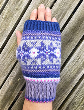 Let It Snow Mitts Knitting Kit