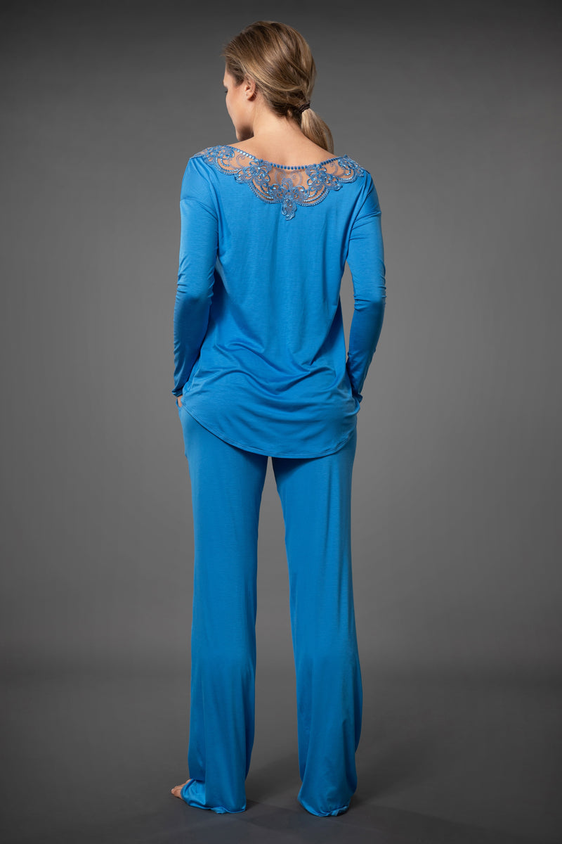Ladies lace pajamas embroidered long top and sleepwear pajama pants with pockets in light blue
