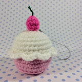 CROCHET PATTERN for Chef Kitty's Cupcake Masterpiece