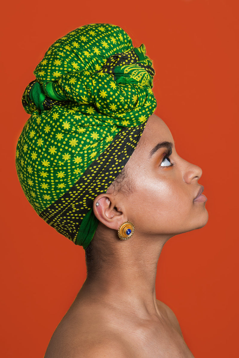 This is a great colourful East African headwrap inspired by Eritrean design. For protective styling. You can accessorise this headwrap with gold earrings as it complements the colours. #headwrap #afropunkstyle #afropunkoutfit #africanheadwrap