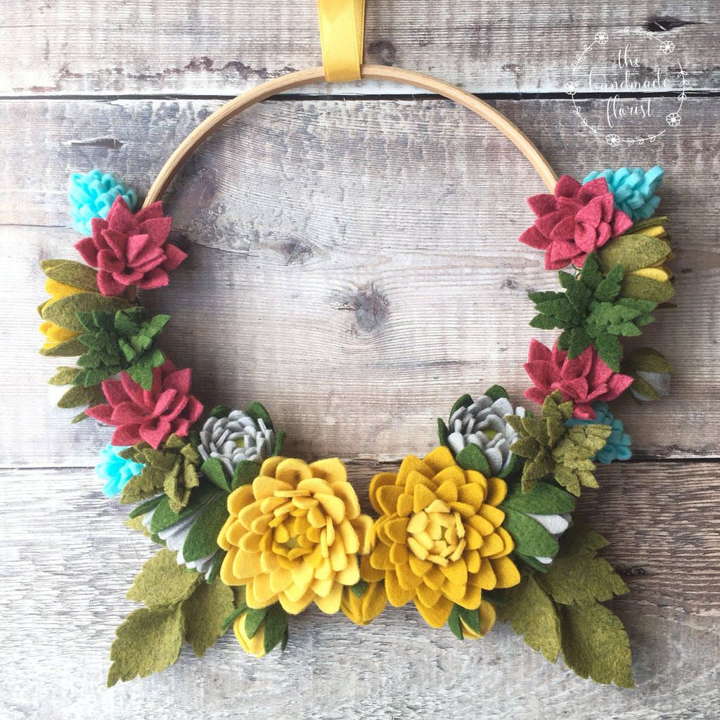 New tutorial: Dahlias in Bloom Wreath