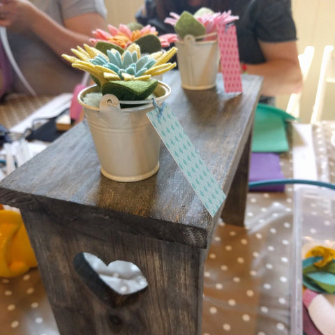 mini felt flower pots - the handmade florist