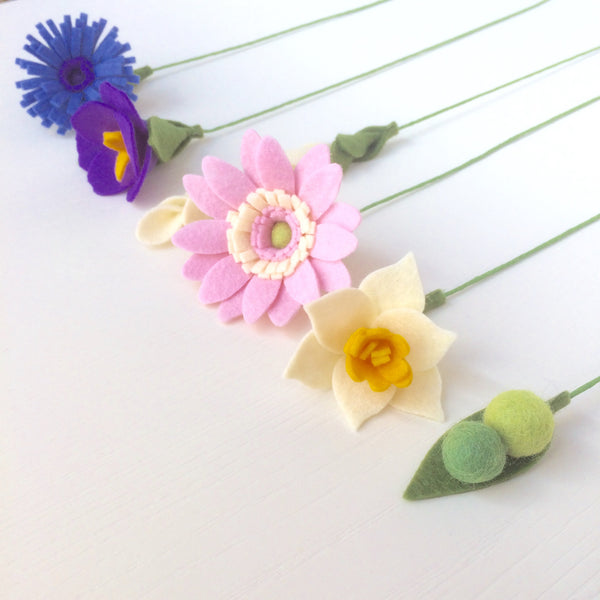 Cottage Garden Bouquet craft kit