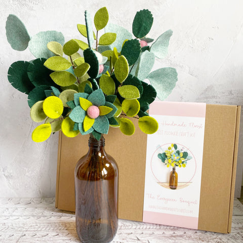 The Evergreen Bouquet craft kit