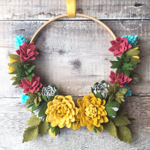 PDF pattern download: Dahlias in Bloom Wreath