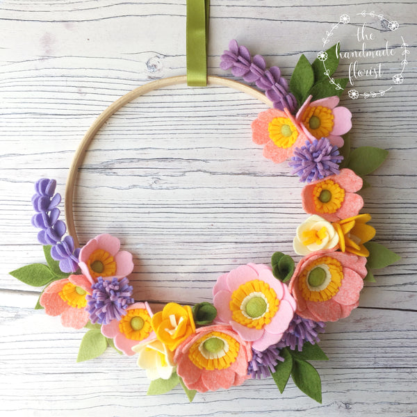 PDF pattern download: Blushing Anemone Wreath