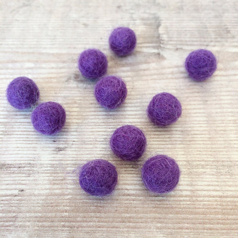 Felt balls: 1cm purple (pack of 10)