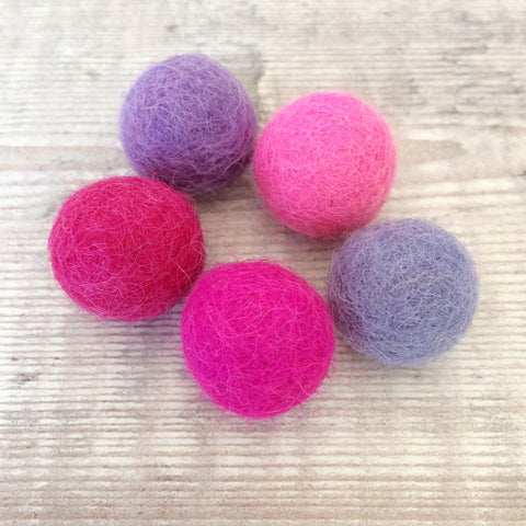 Felt balls: 2cm pink and purple mix (pack of 5)