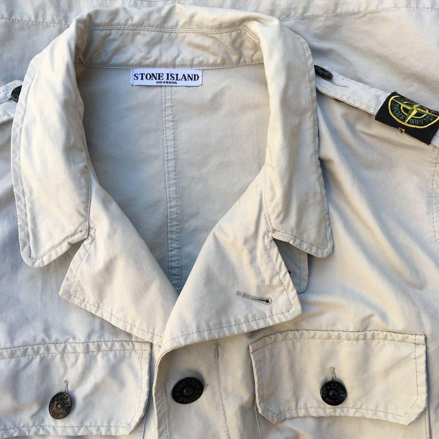 stone island field jacket with shoulder badge
