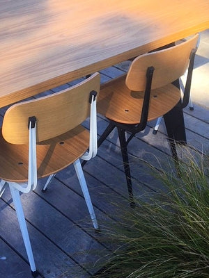 Table and 6 Bistro chairs