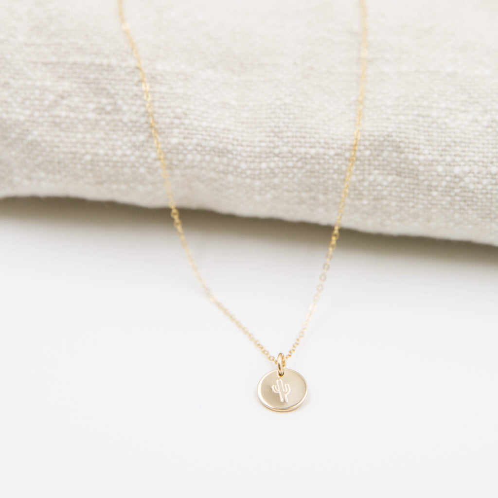 Design Disc Necklace