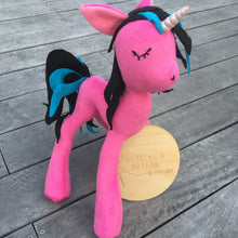 Electro pop unicorn