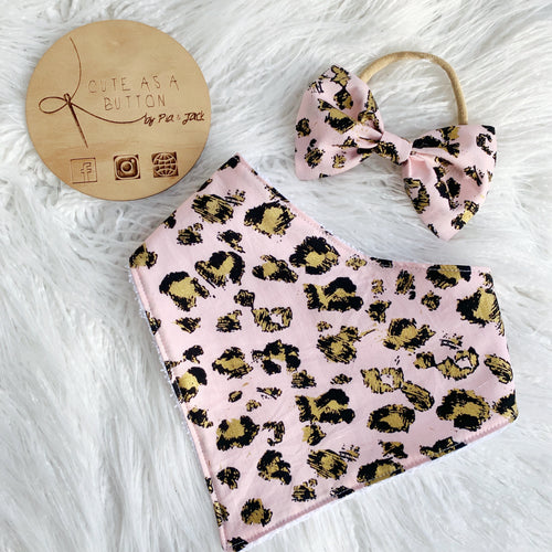 Pink leopard bib and bow set