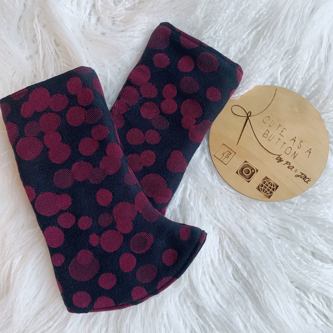 Black cherry Curved Suck/ teething pads.