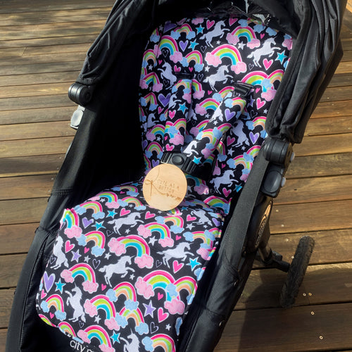 Dear diary (unicorn and rainbows) pram liner