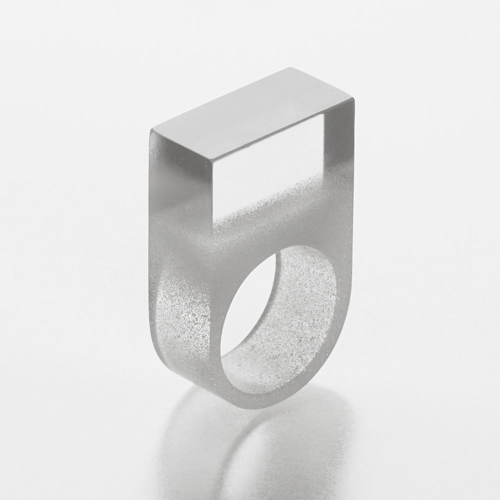 'Form: Flat top' ring