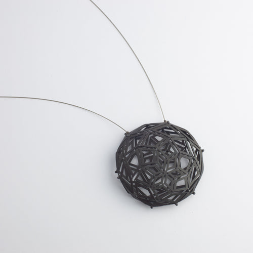 'Concurrence' pendant